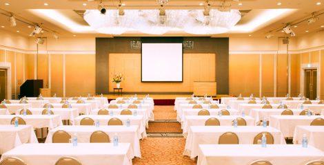 ユアーズホテルフクイには各種コンベンション、パーティーに対応した<br>宴会場がございます。